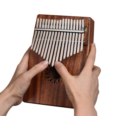 Kalimba-Sound-therapy-mindful-universe