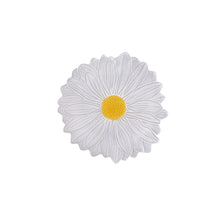 Load image into Gallery viewer, Bordallo Pinheiro Maria Flor Dessert Plate Daisy - Set of 4