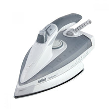 Load image into Gallery viewer, Braun TS775 TexStyle 7 Steam Iron 220 Volts Export Only