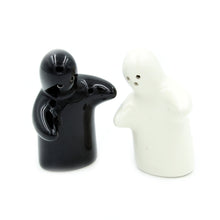 Load image into Gallery viewer, I Love Portugal Salt & Pepper Shaker Set