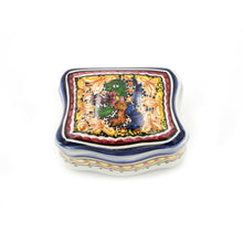 Load image into Gallery viewer, Coimbra Ceramics Hand-painted Decorative Jewelry Box XV Century Replica #232