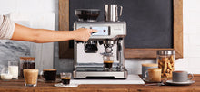 Breville BES880 The Barista Touch Espresso Machine With Grinder 110 Volts