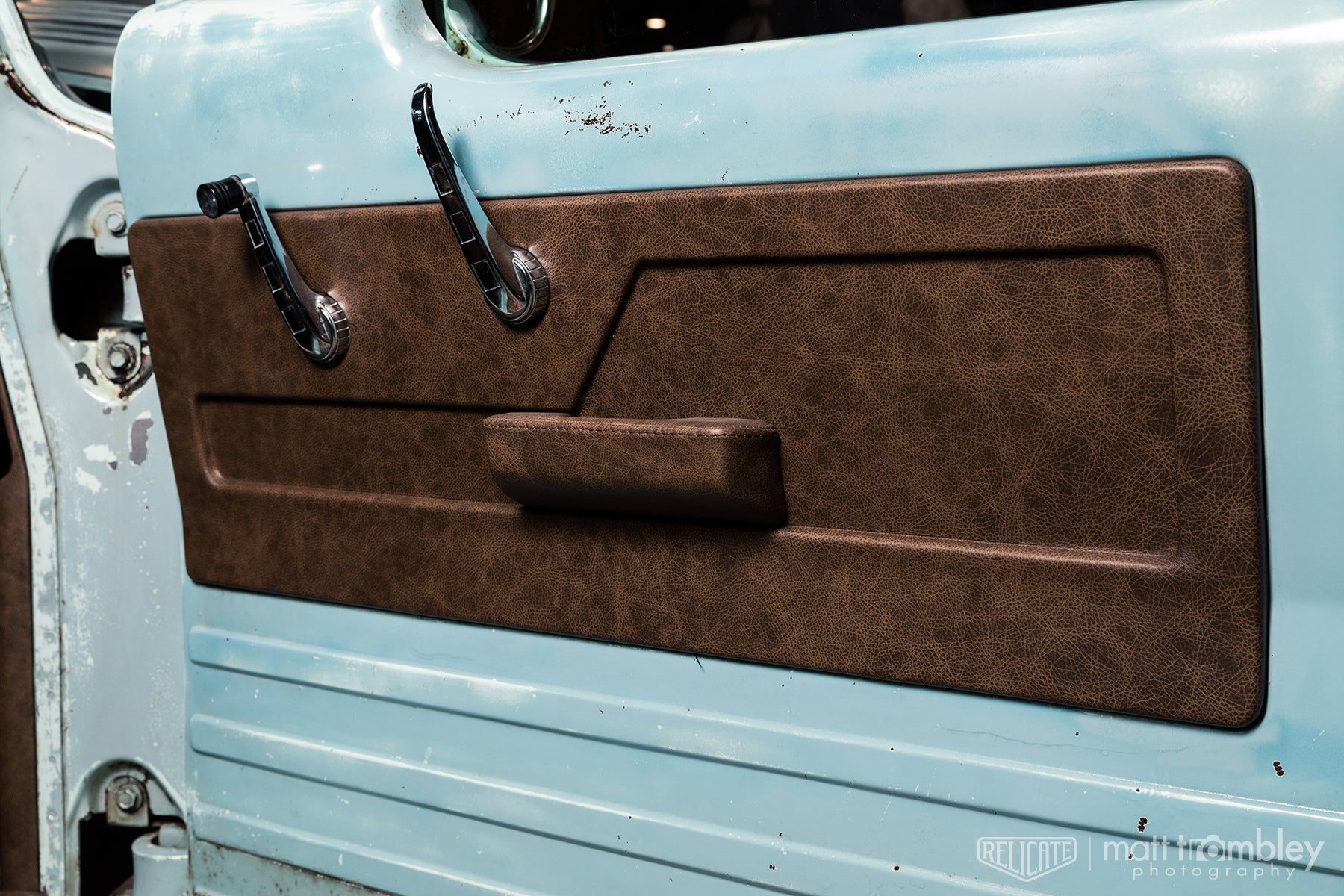 door panel Relicate Distressed Vintage Oak Leather interior 1964 Dodge D100 pickup truck sema 2019 restomod air booth