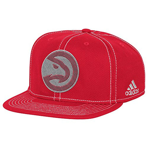 online store c9b08 bd722 Adidas NBA Atlanta Hawks Men s Lights out Flat Brim Snapback Cap