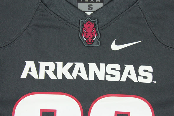 Nike NCAA Youth Boys Arkansas Razorbacks #86 Replica Football Jersey, Gray