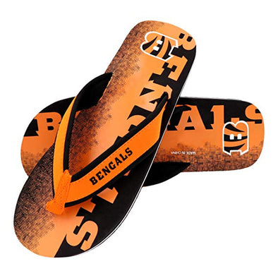 FOCO NFL Men's Cincinnati Bengals Fade Wordmark Thong Sandals
