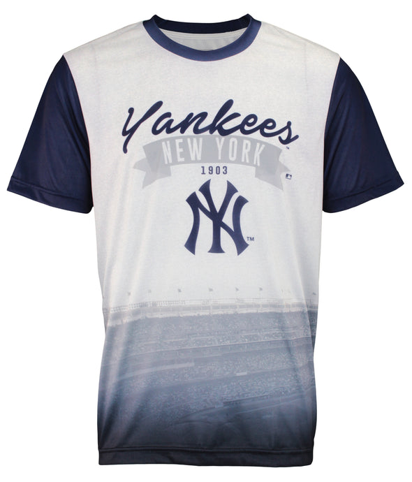 Forever Collectibles MLB Men's New York Yankees Outfield Photo Tee