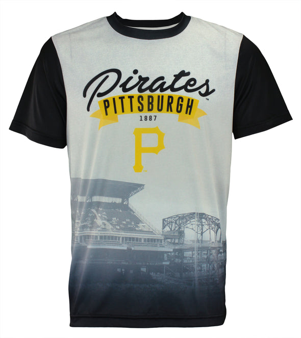 Forever Collectibles MLB Men's Pittsburgh Pirates Outfield Photo Tee