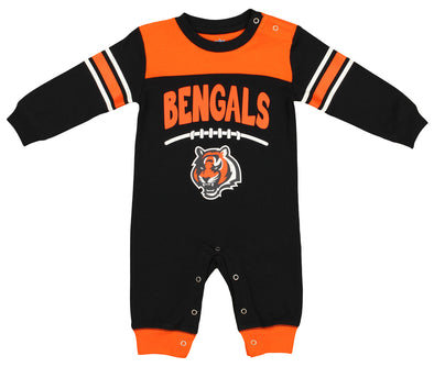 Outerstuff NFL Infant Cincinnati Bengals Button-up Coverall Sleeper, Black