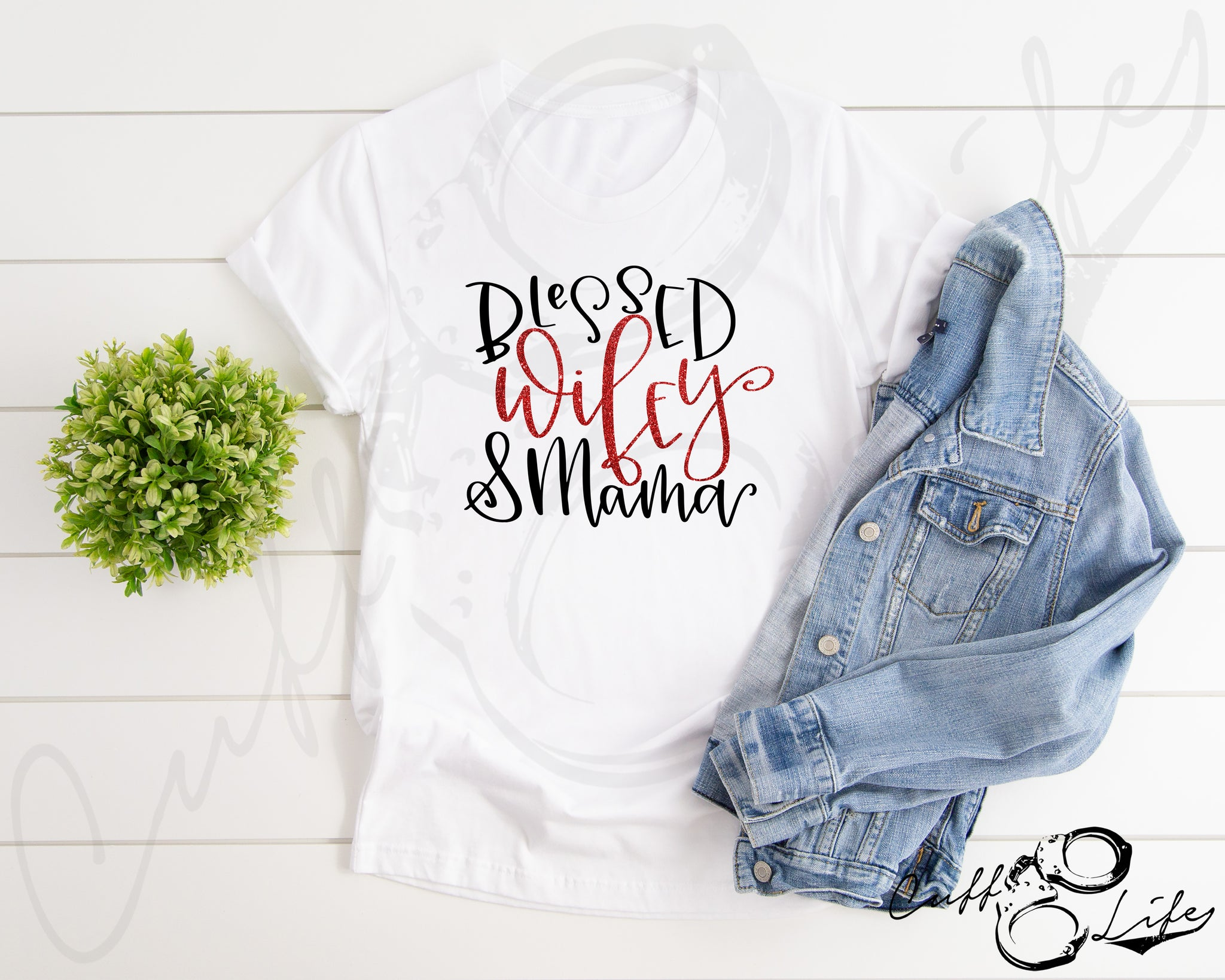 Blessed Wifey & Mama TRL - Unisex T-Shirt