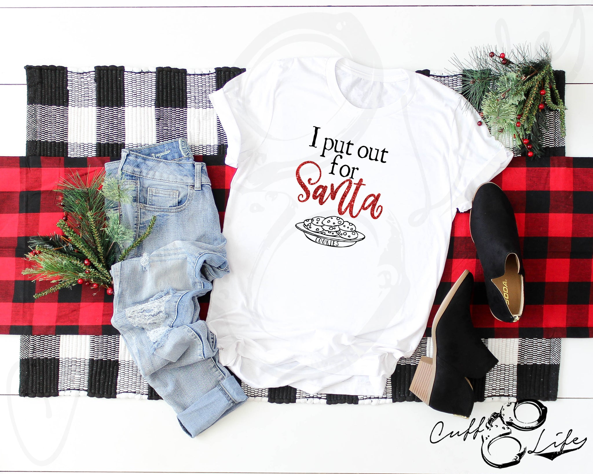 I Put Out for Santa - Unisex T-Shirt
