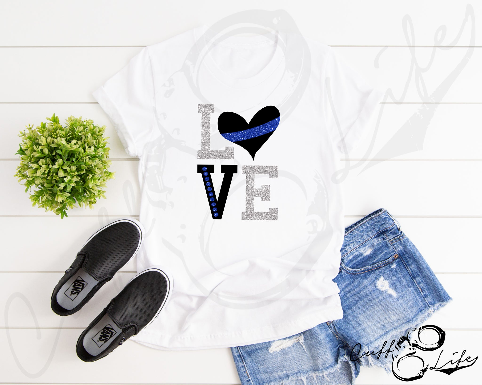 LOVE Thin Blue Line - Unisex T-Shirt
