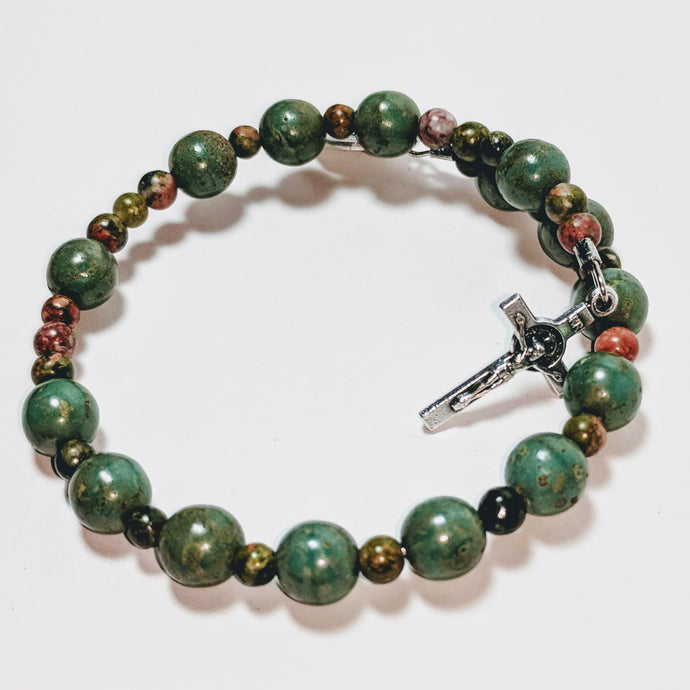 Peaceful Pasture Single Decade Rosary with Green Czech Glass