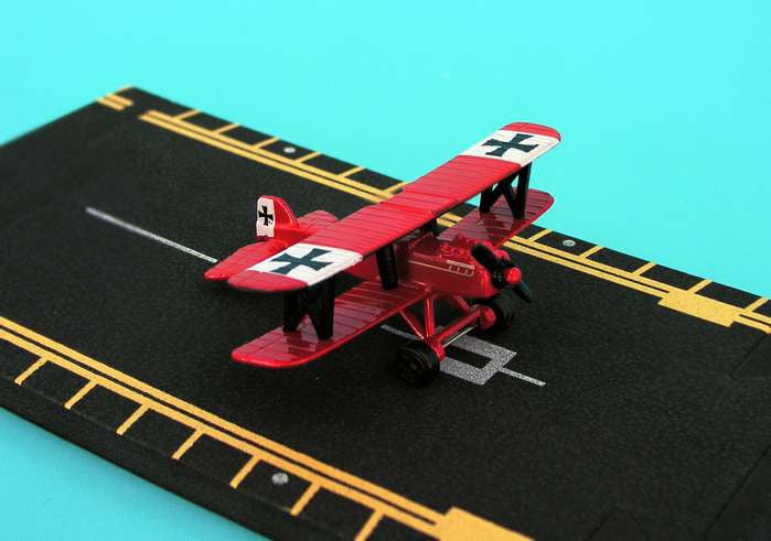 "Hot Wings - British SE5 ""Red Baron"""