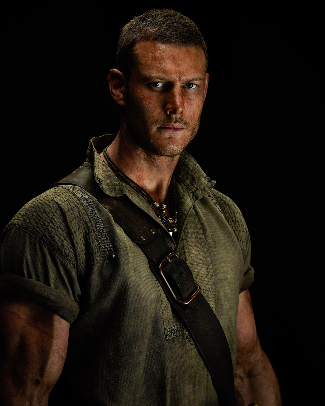 Tom Hopper Autograph - Black Sails