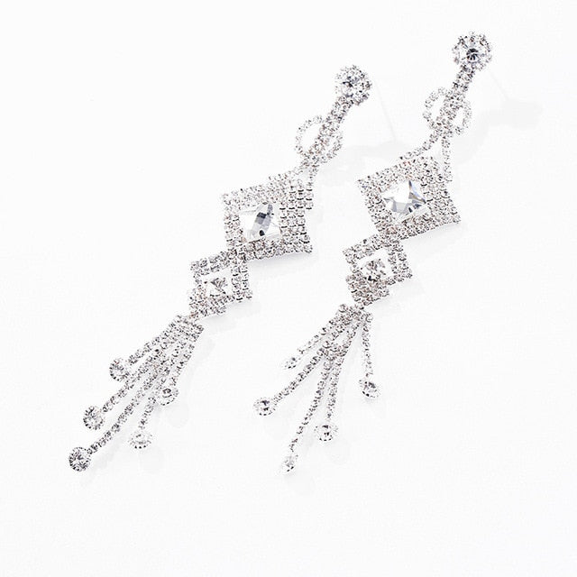 Women's Crystal Rhinestone Fashion Earrings.