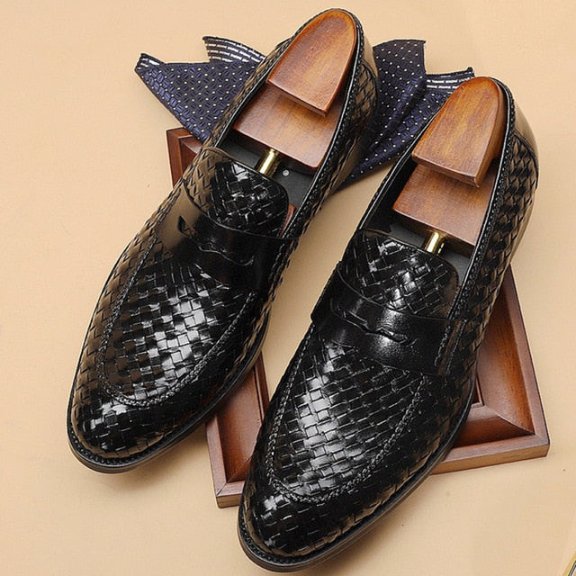 Men's formal shoes genuine leather oxford shoes for men Italian 2020 wedding shoes.