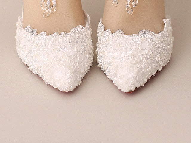 White Pearl Lace Crystal Wedding Shoes Tassel Ankle Strap Pointed Toe Shoes.