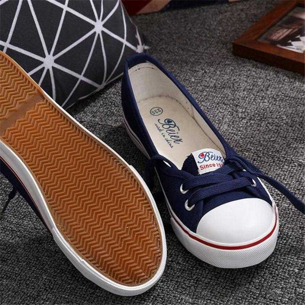Spring summer light canvas shoes women slip-on Korean tide sneakers