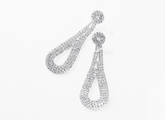 High-grade Fashion Ladies Shine Rhinestone Water Drop Earrings.