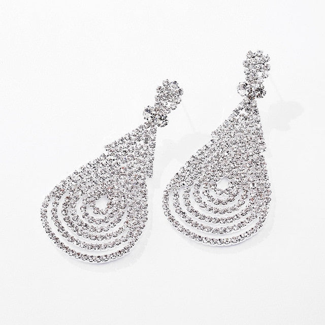 New Women's Clear Multiple Crystal Silver Plated Drop Earrings.