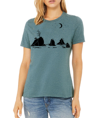 Moon Over Three Graces T-Shirt - Women's Heather Deep Teal