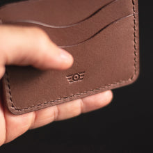 "Carregar imagem no visualizador da galeria, Cardholder ""BONNEVILLE"" - Medium Brown"