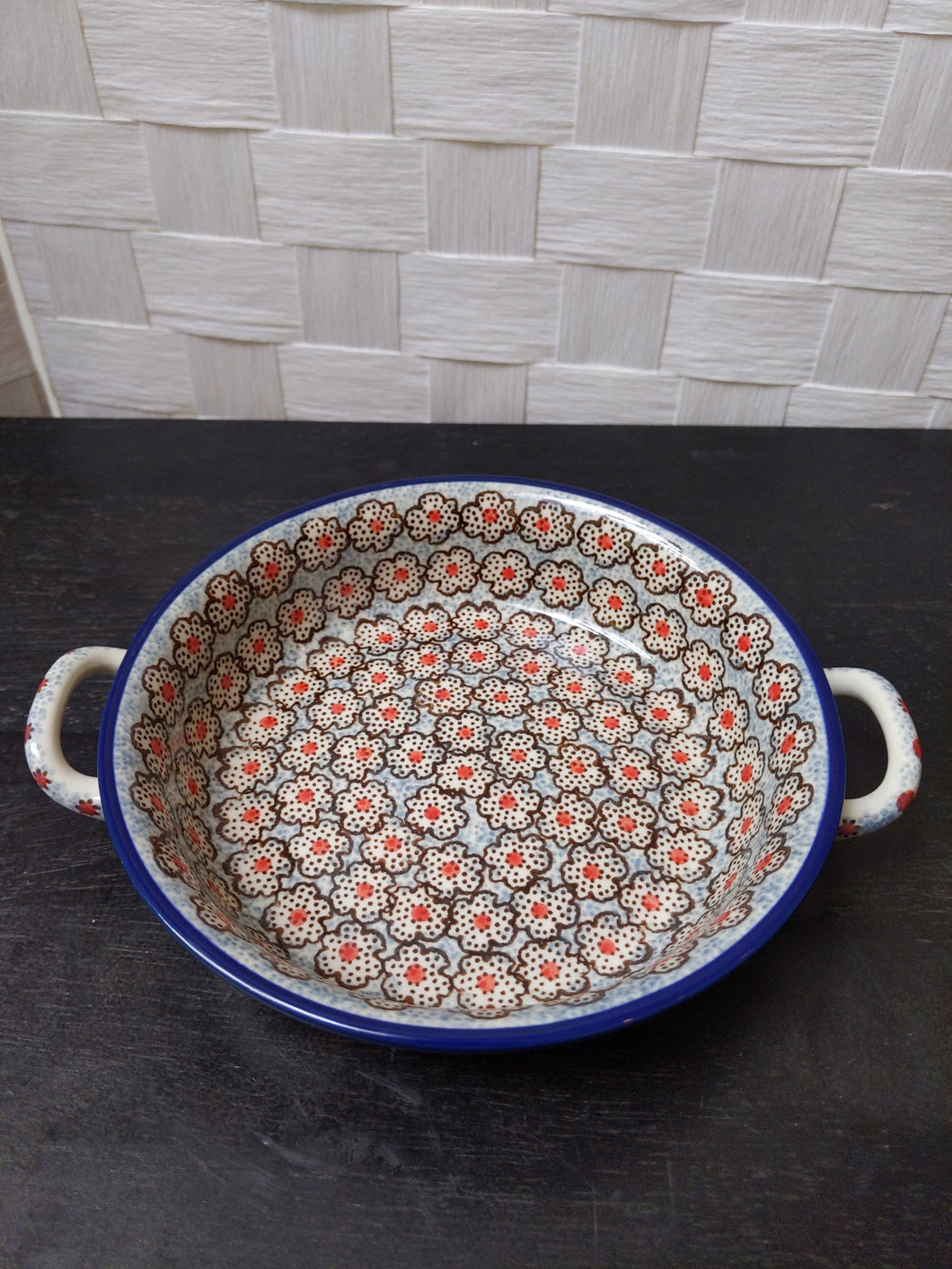 Round Baker with Handles