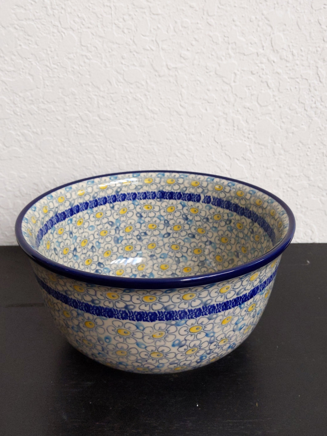 Happiness serving bowl