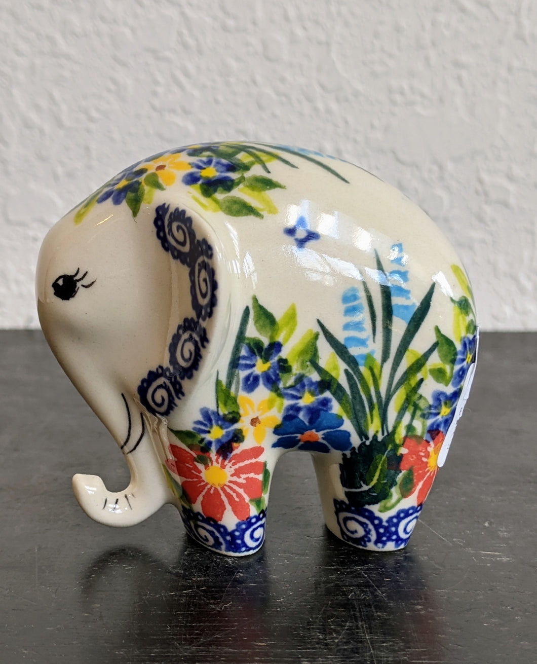 Kalich floral elephant