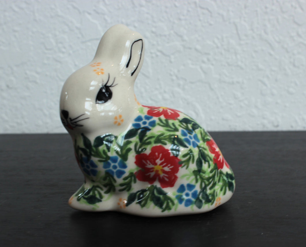 Bunny Figurines (click to see patterns)