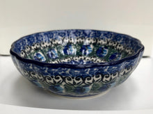 Scalloped Bowl (Feather)