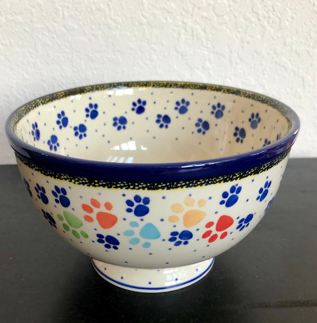 Traditional Medium Pedestal Serving Bowl (Paw)