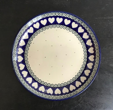 7.75in Plate white with heart Rim