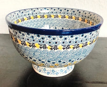 Traditional Medium Pedestal Serving Bowls(Lemon)