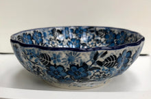 Scalloped Bowl (Unikat Black and Blue)