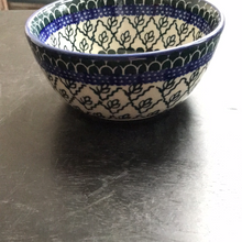 Ice cream bowl (green leaf with blue