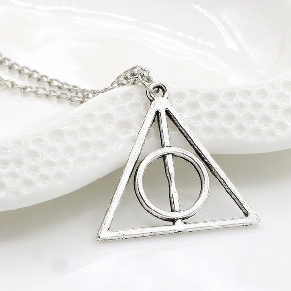 HOT Europe necklace Luna Cinema fashion necklace The Deathly Hallowsace pendant necklace wholesale gift