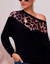 Load image into Gallery viewer, Nicole cold shoulder blouse
