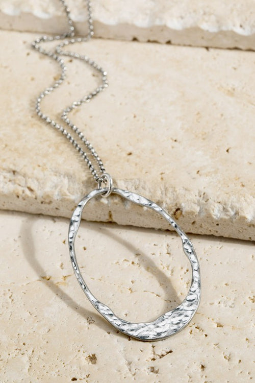 You Got The Silver Open Hammered Oval Pendant Necklace, Silver