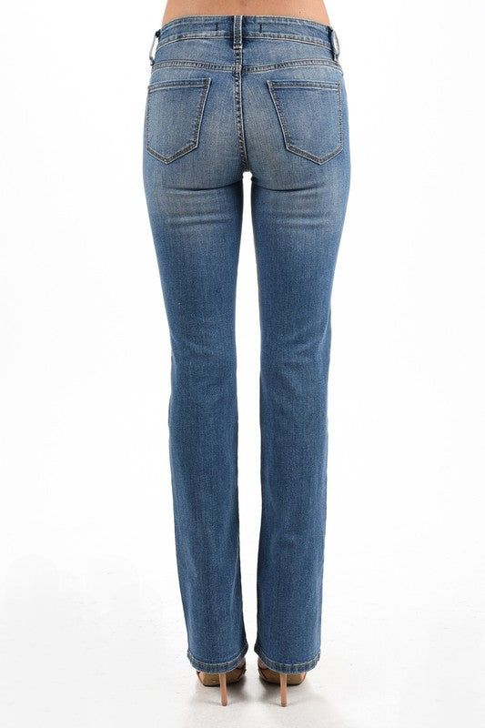 Imagine Mid-Rise Boot Cut Regular Classic Fit Five Pocket jean with Zip Fly & button closure