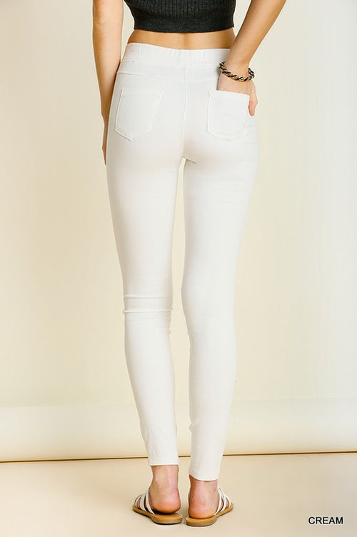 Shape Of You Basic Jeggings by Umgee, Cream