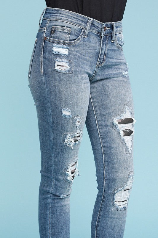 The Camo Queen Jeans by Judy Blue - Camo Backed