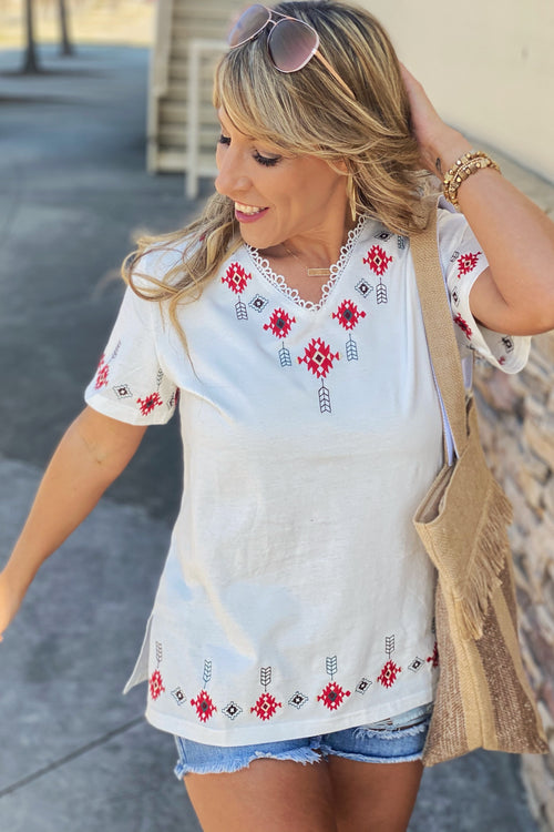 Turn To Me Southwestern / Aztec Embroidered Short Sleeve Top with Split Hem, White