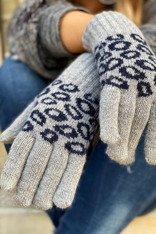 Smart Touch Animal Print Gloves, Gray