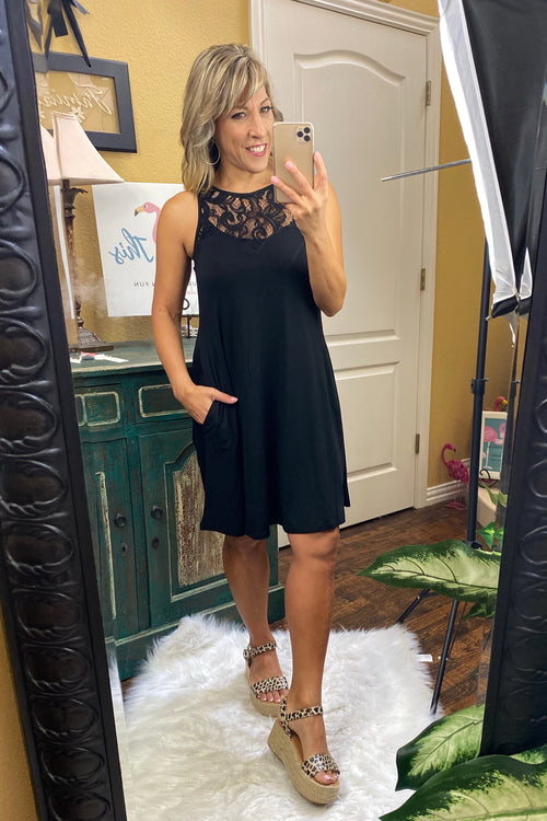 Sleeveless Lace Crew Neck Tunic Dress with Pockets, Black, S-L
