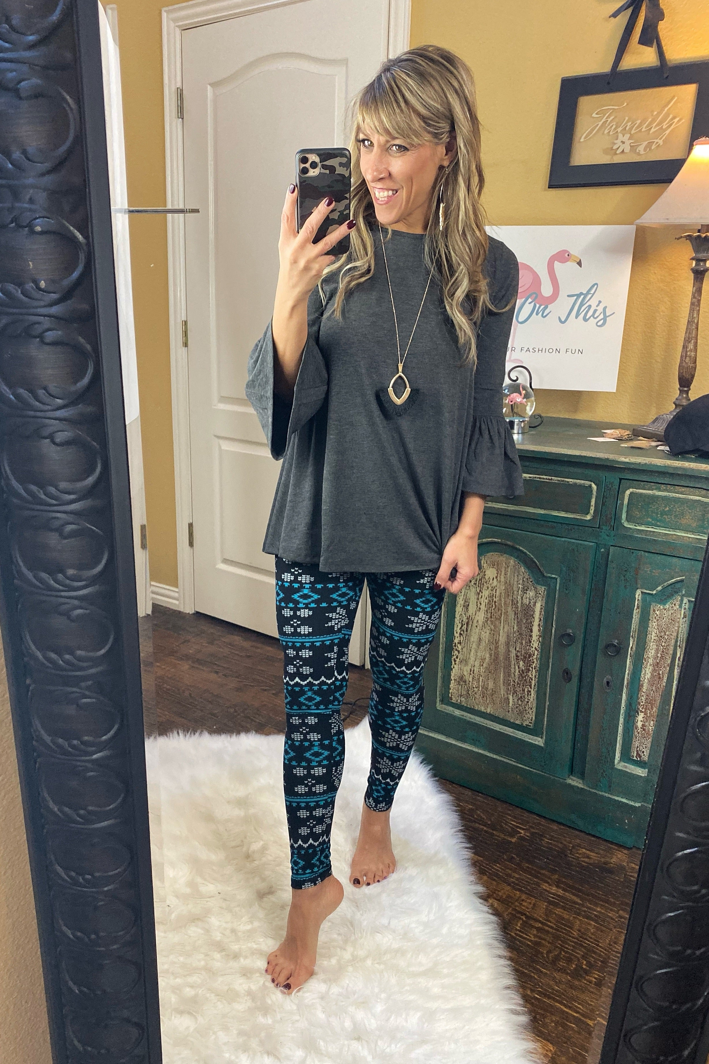 Elastic Waist High Rise Buttery Soft Snow Flake Print Leggings, Black