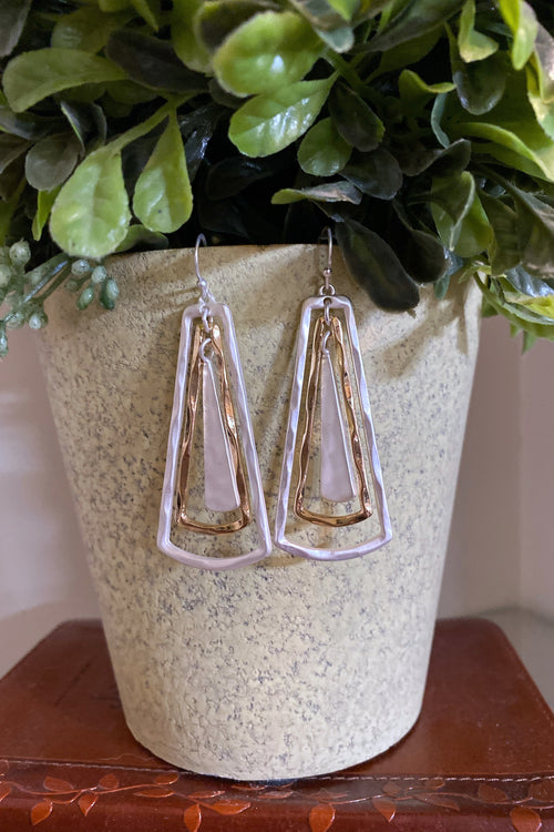 Lucky Open and closed hammered metal dangle hook earrings, Mix