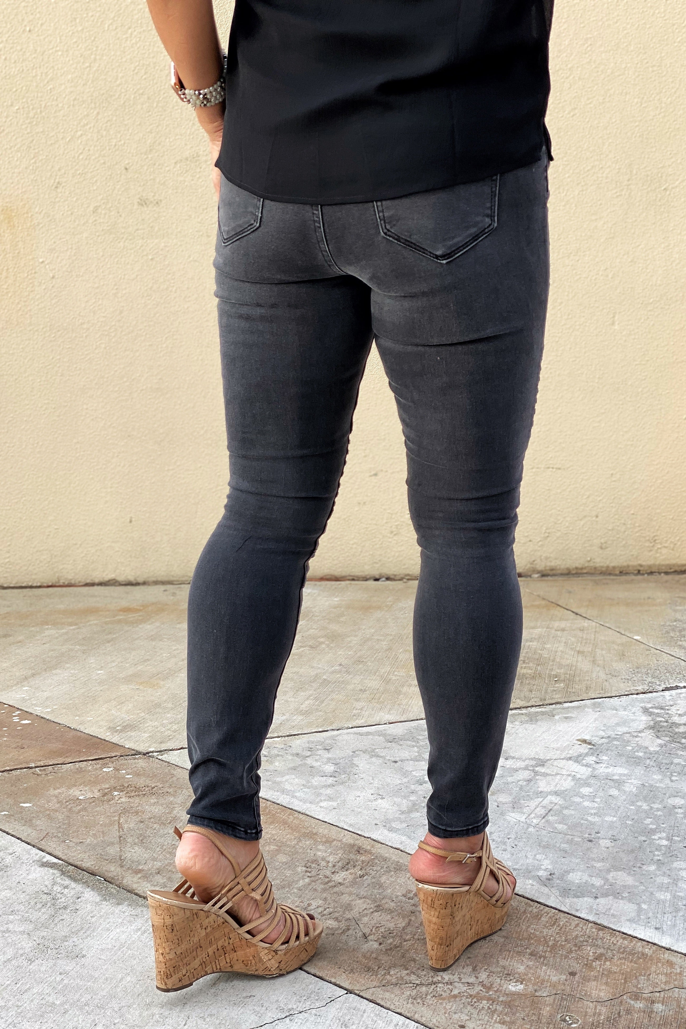 Dark Charcoal Motto Jeans by Cello