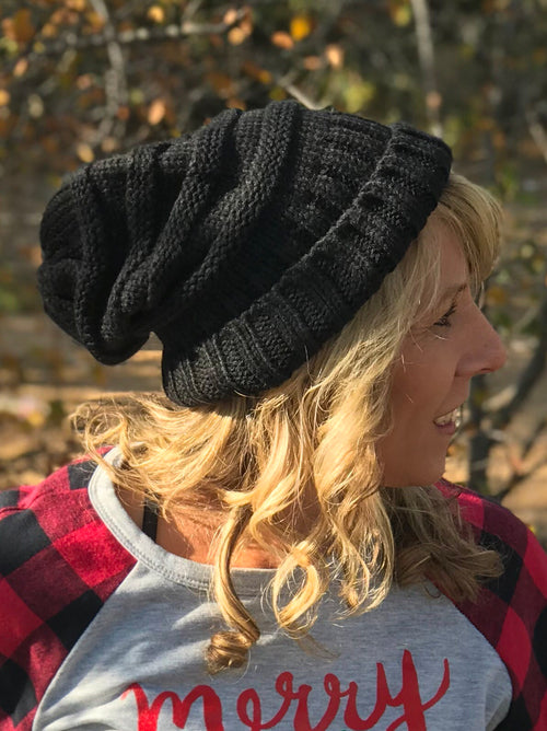 Just Chill Slouchy Beanie, Black